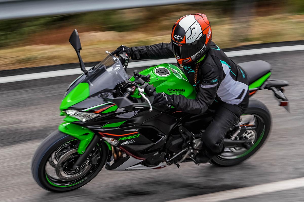 Todo sobre motos: Kawasaki Ninja 1000